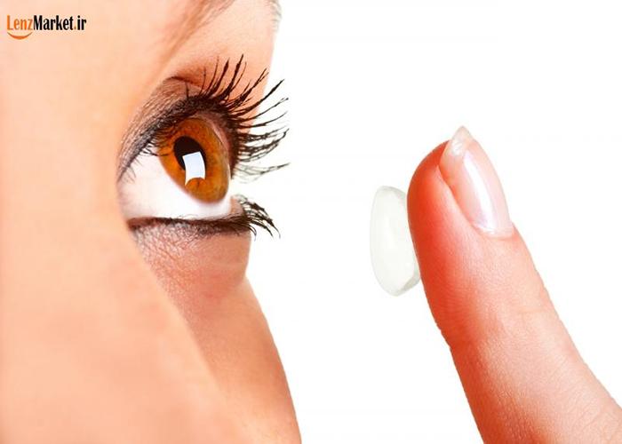 آموزش گذاشتن لنز