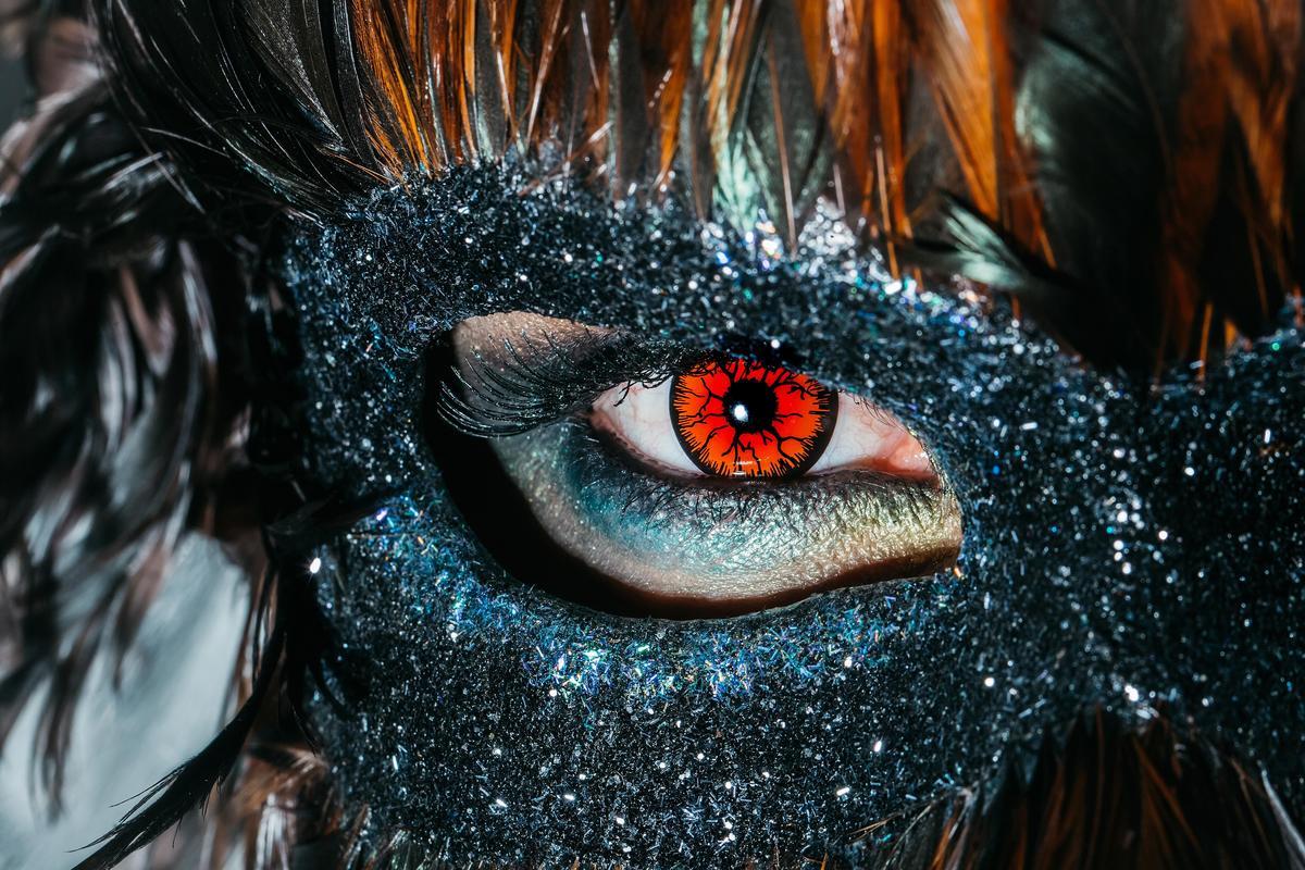 لنز گربه ای یا هالووین