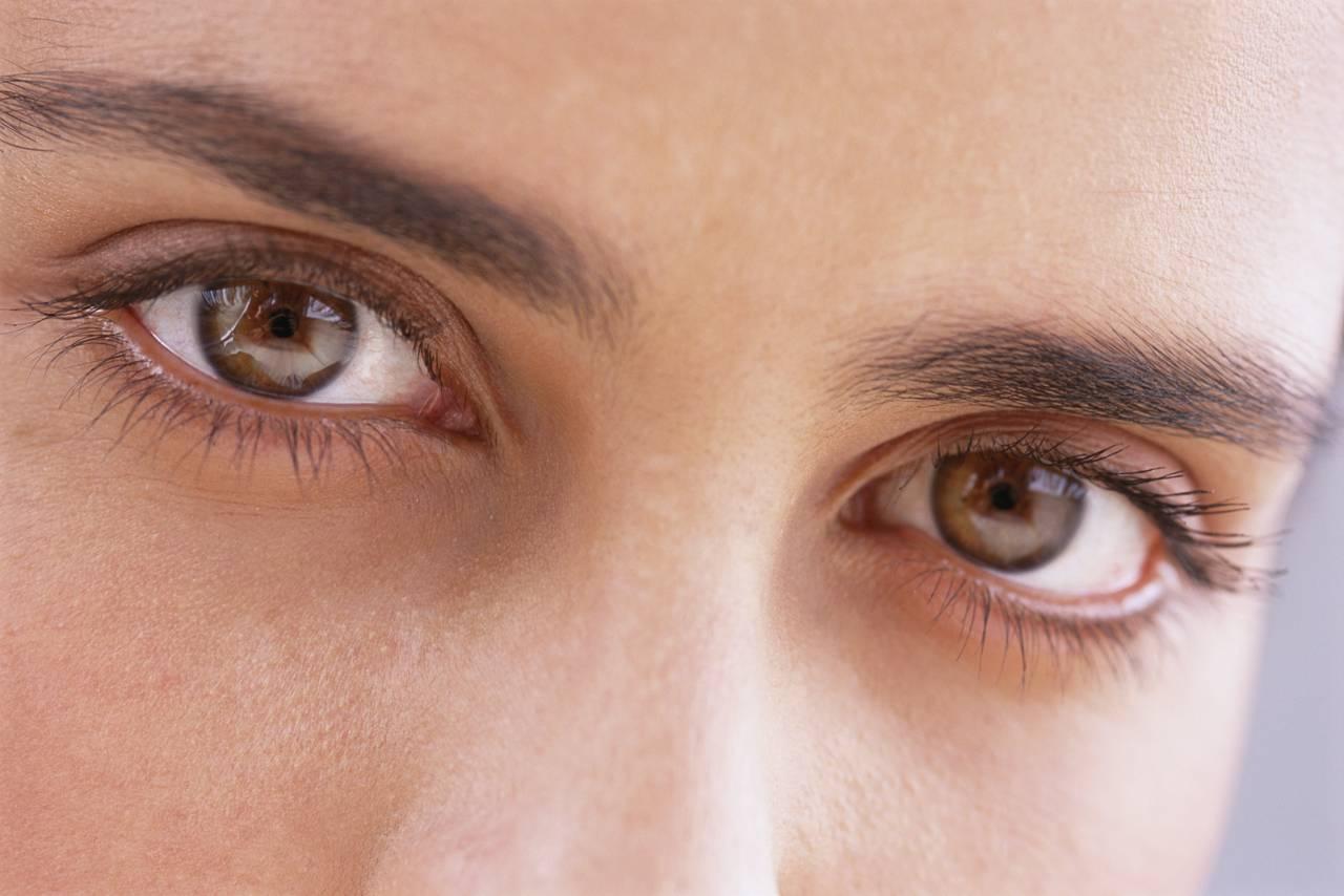 لنز رنگی طبیعی