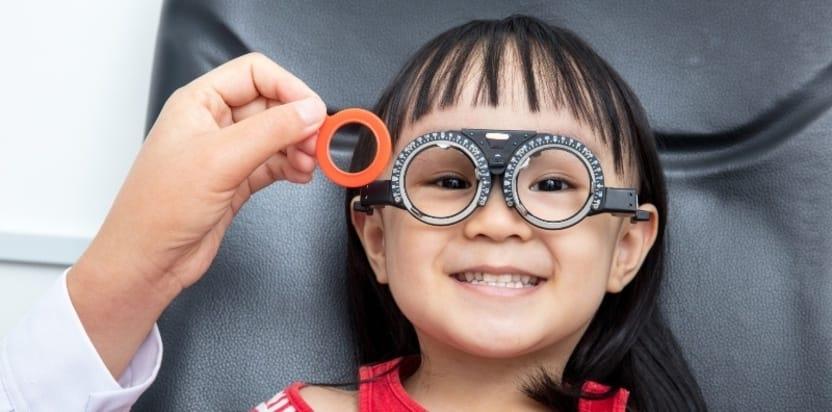 درمان آستیگمات چشم کودکان