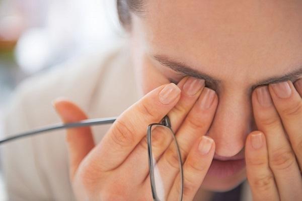 هشدار چشم در مورد بیماری ها 2
